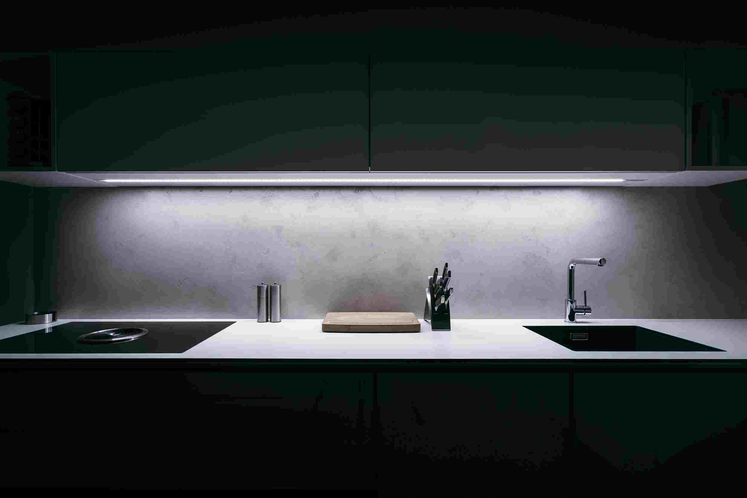Under Cabinet Kitchen Lighting   Oasis Kitchen Cabinets